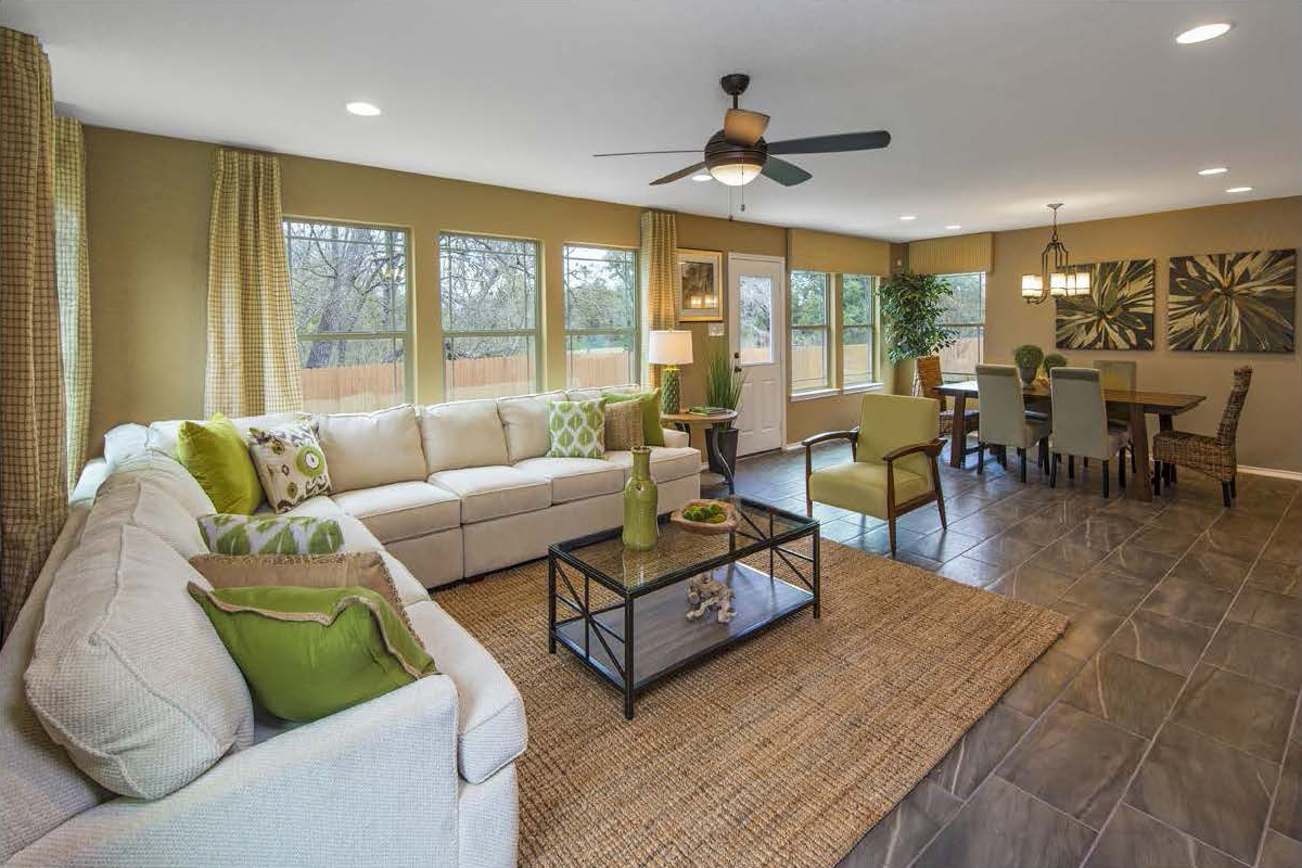 New Homes in San Antonio, TX - CrossCreek - Sterling and Heritage Collections The 2411 Great Room