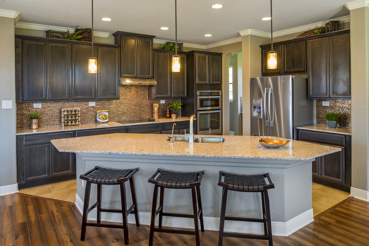 New Homes in San Antonio, TX - CrossCreek - Classic Collection The 3475 Kitchen