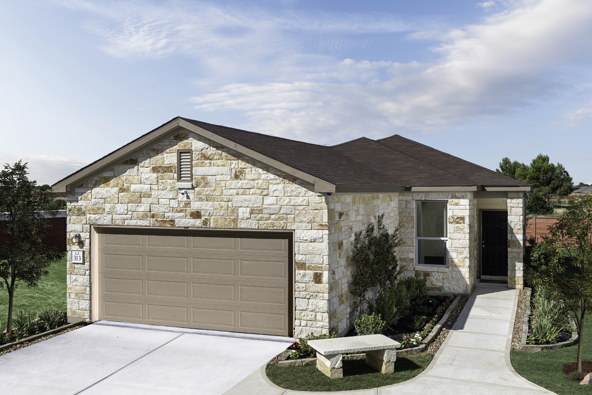 New Homes in San Antonio, TX - Falcon Landing Plan 1549 as modeled at Deer Crest