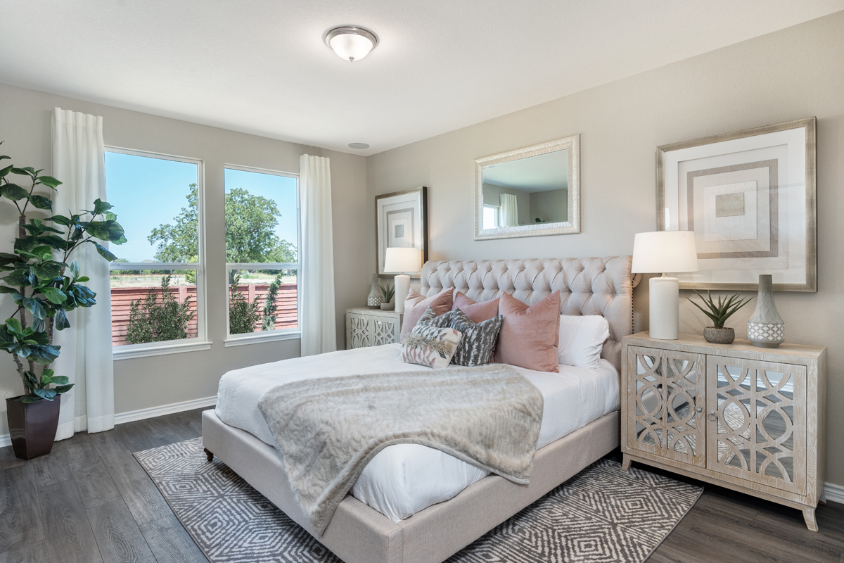 New Homes in San Antonio, TX - Falcon Landing Plan 1549 Master Bedroom as modeled at Deer Crest