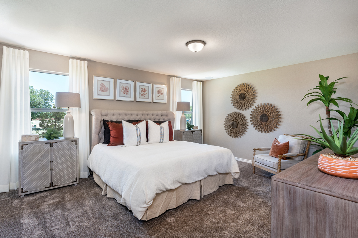 New Homes in New Braunfels, TX - Deer Crest - Heritage Collection Plan 2239 Master Bedroom