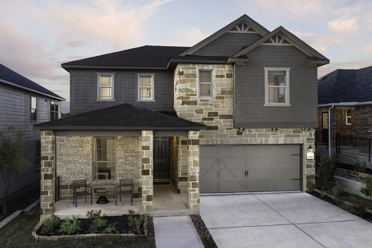 New Homes in Seguin, TX - Plan 2403 Modeled