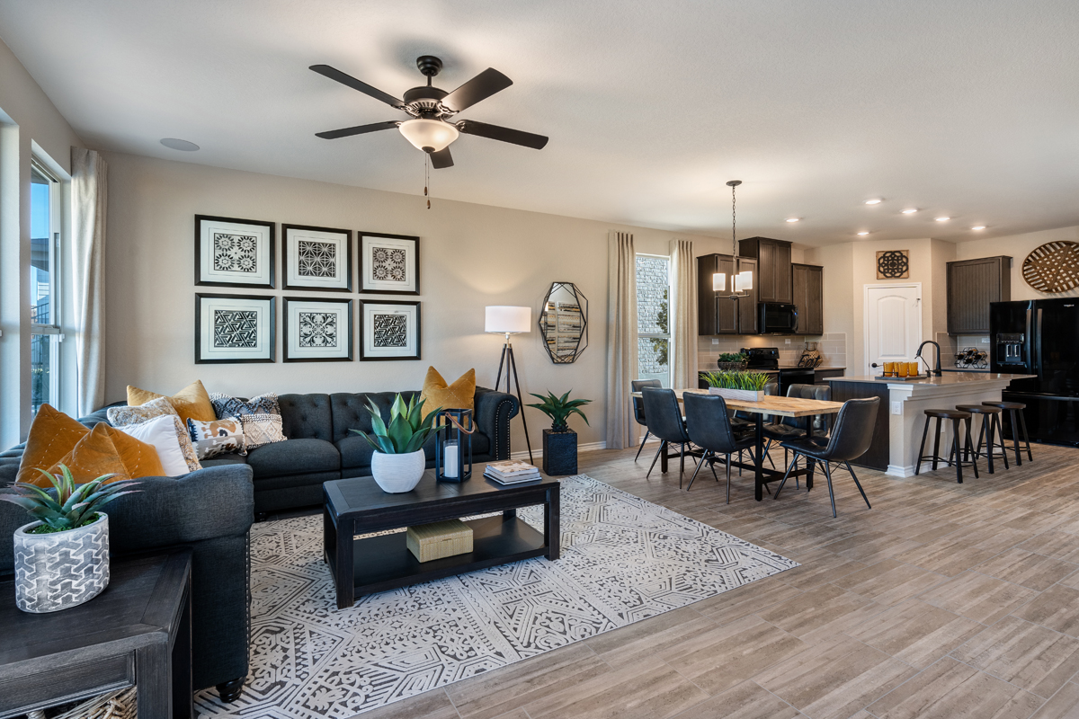 New Homes in San Antonio, TX - Dove Heights The 2700 Great Room