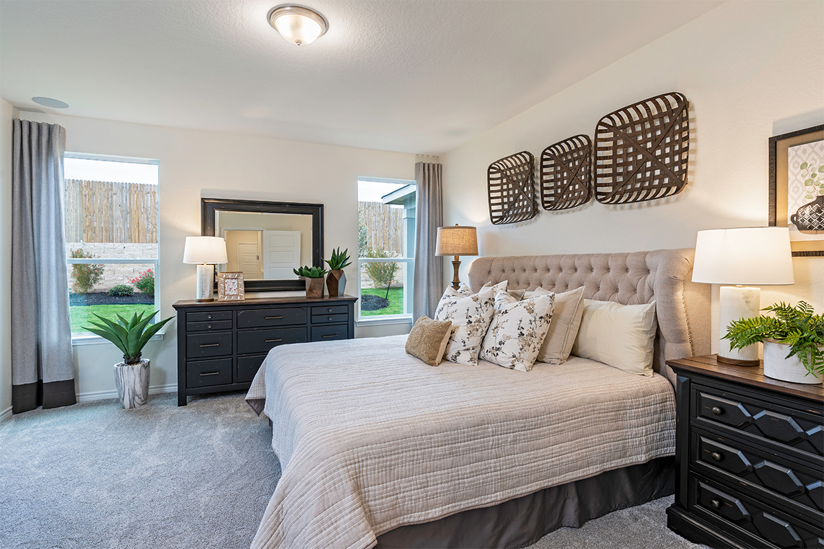 New Homes in Bulverde, TX - Edgebrook The 1516 Master Bedroom