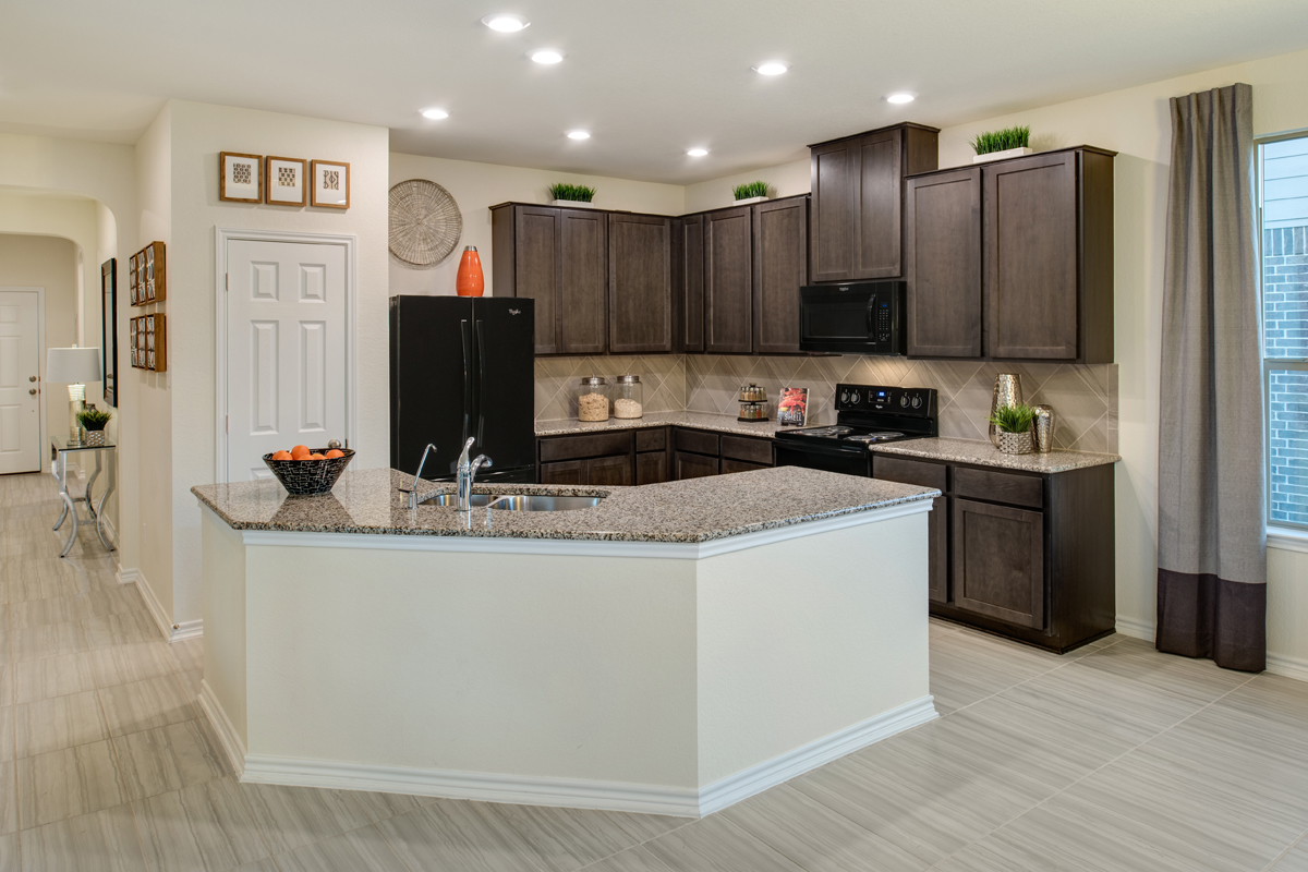 New Homes in Bulverde, TX - Edgebrook The 2004 Kitchen