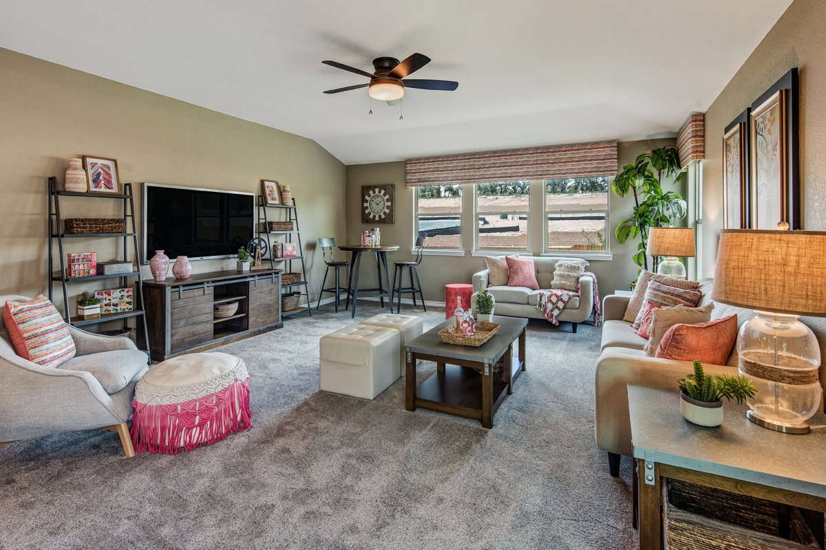 New Homes in Bulverde, TX - Edgebrook The 3125 Game Room