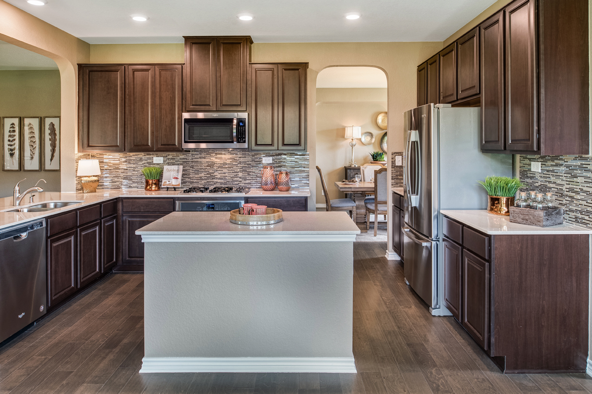 New Homes in Bulverde, TX - Edgebrook The 3125 Kitchen