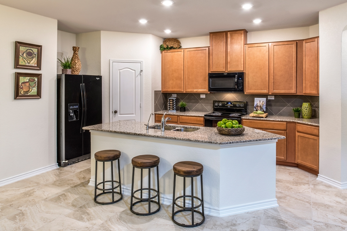 New Homes in San Antonio, TX - Falcon Landing The 1694 Kitchen
