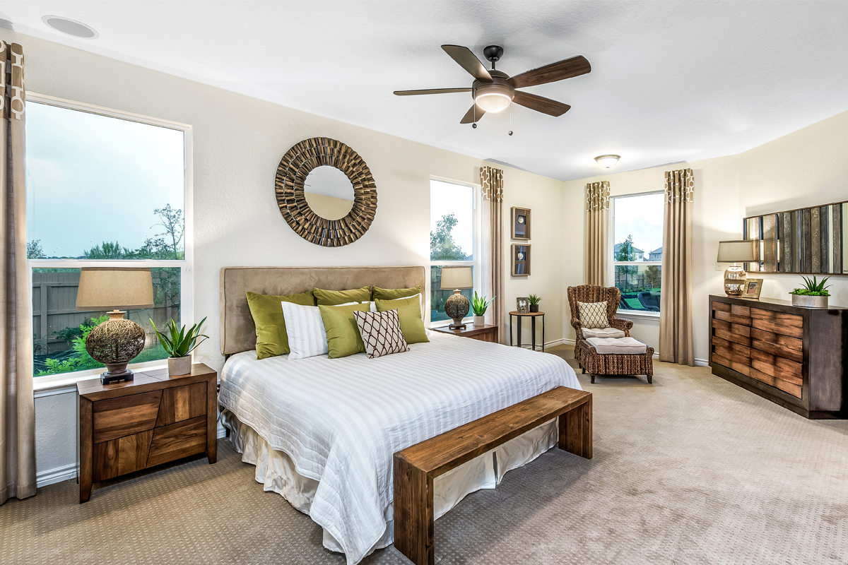 New Homes in San Antonio, TX - Falcon Landing The 1694 Master Bedroom
