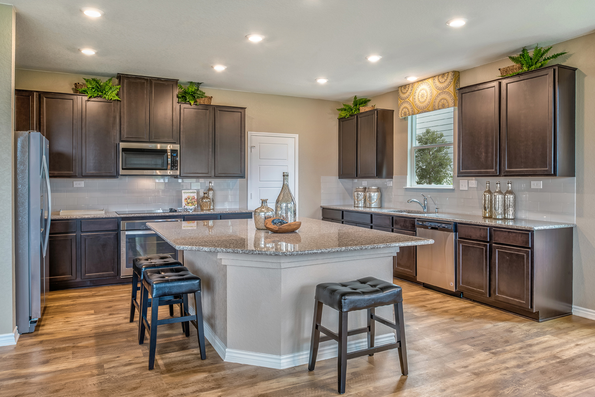 New Homes in San Antonio, TX - Falcon Landing The 2898 Kitchen