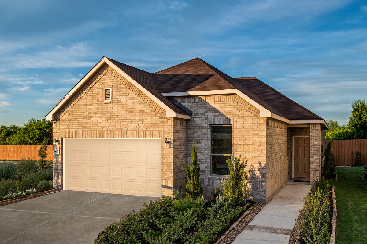 New Homes in Converse, TX - Windfield Plan 1694 as modeled at Heritage Park