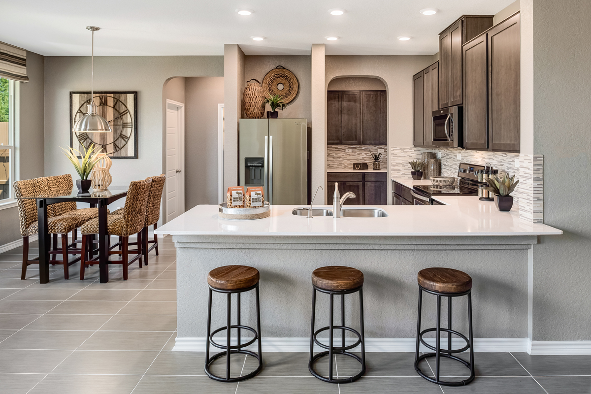 New Homes in New Braunfels, TX - Heritage Park The 2561 Dining & Kitchen