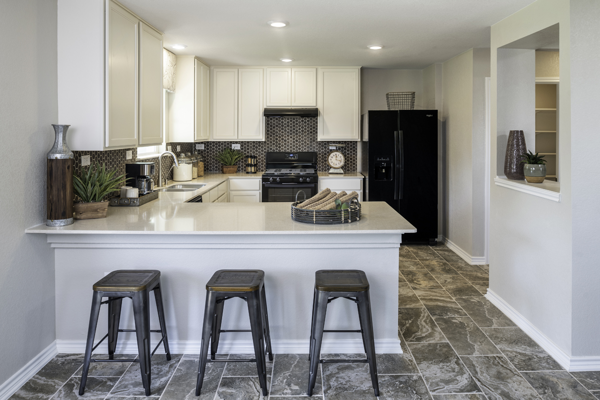 New Homes in San Antonio, TX - Northeast Crossing The 2088 Kitchen