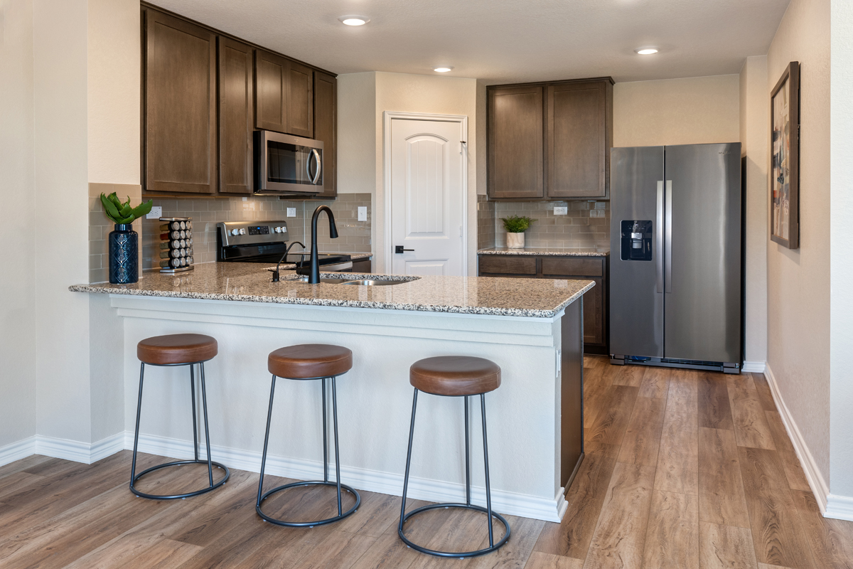 New Homes in Converse, TX - Sky View The 1772 Kitchen