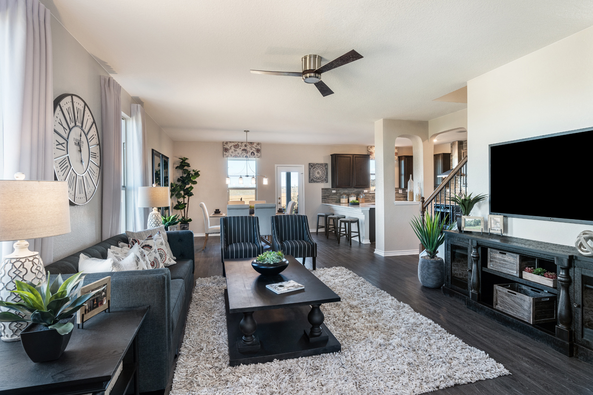 New Homes in Converse, TX - Sky View The 2088 Great Room