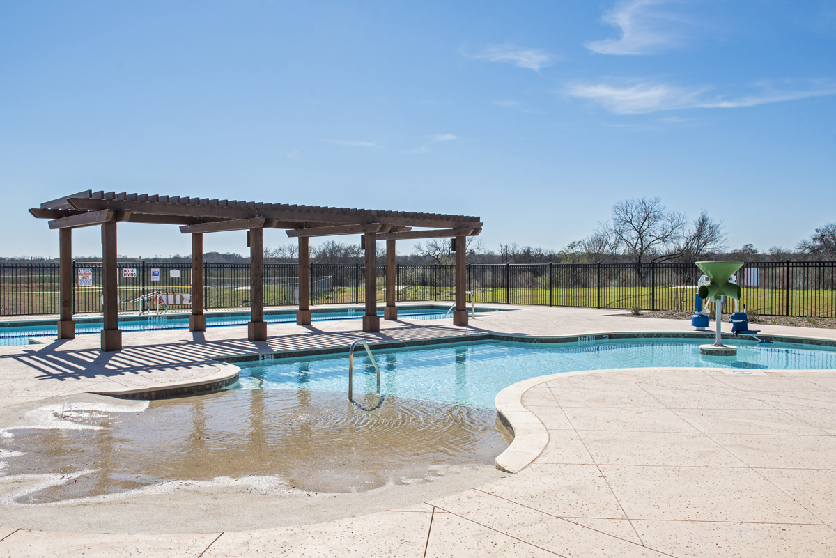 New Homes in San Antonio, TX - The Overlook at Medio Creek Community Pool